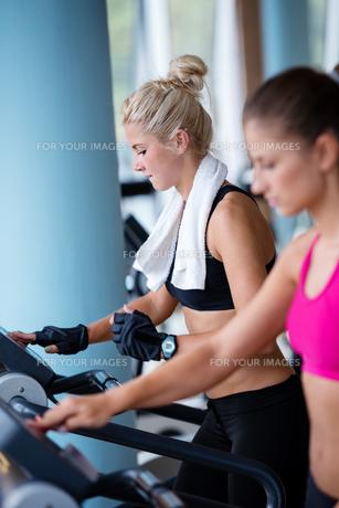 fitness_funsportの写真素材 [FYI00728346]