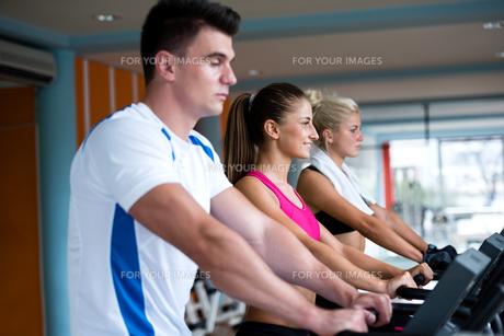 fitness_funsportの写真素材 [FYI00728349]