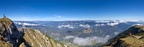 dobratsch panoramic,looking bad bleiberg and the drautalの素材 [FYI00734415]