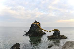 夫婦岩・屏風岩・二見浦の写真素材 [FYI00735261]