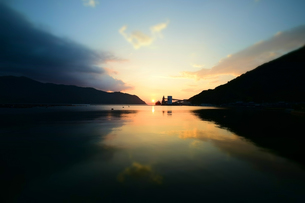京都舞鶴湾の夕暮れの写真素材 [FYI00735681]