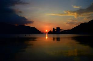 京都舞鶴湾の夕暮れの写真素材 [FYI00735682]