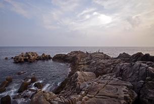 本州最南端串本の地磯の写真素材 [FYI00735698]