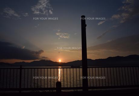 京都舞鶴湾の夕暮れの写真素材 [FYI00735701]
