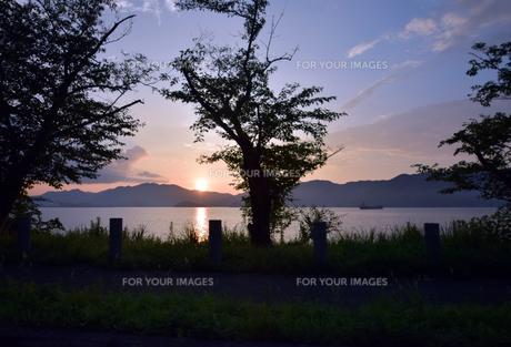 京都舞鶴湾の夕暮れの写真素材 [FYI00735704]