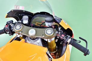 オートバイのレーシングマシンの写真素材 [FYI00736798]