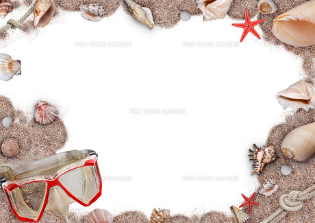 Sand, shells and seastarの写真素材 [FYI00740611]
