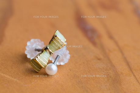 Macro Earringsの写真素材 [FYI00741339]