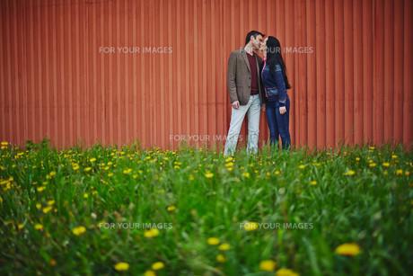 Outdoor kissの素材 [FYI00742006]