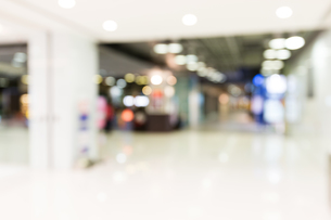 Blur background of luxury storeの写真素材 [FYI00742372]