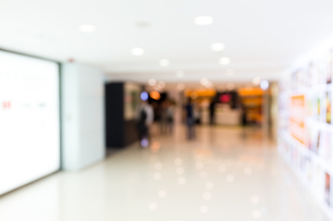 Blur store with bokeh background, business backgroundの写真素材 [FYI00742378]