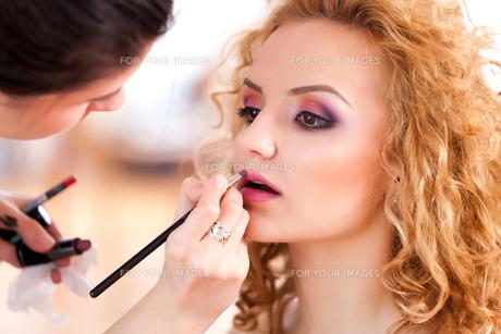 Makeup time!の写真素材 [FYI00742447]