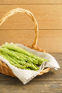 fresh green asparagusの写真素材 [FYI00742460]