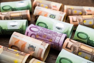 Rolled Euro Banknotesの写真素材 [FYI00743126]
