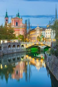 Romantic medieval Ljubljana, Slovenia, Europe.の写真素材 [FYI00743428]