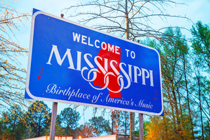 Welcome to Mississippi signの写真素材 [FYI00743562]