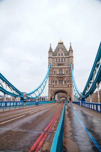 Tower bridge in London, Great Britainの写真素材 [FYI00743573]