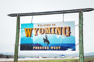 Welcome to Wyoming signの写真素材 [FYI00743578]