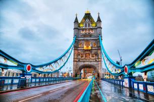 Tower bridge in London, Great Britainの写真素材 [FYI00743587]