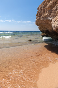 Panorama of the beach at reef, Sharm el Sheikh, Egyptの写真素材 [FYI00743957]