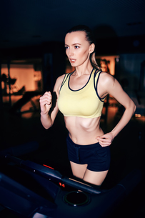 Female runningの素材 [FYI00744130]