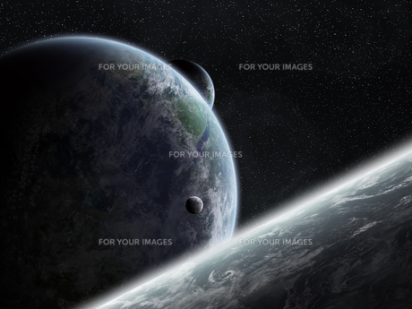 Sunrise over planet Earth in spaceの写真素材 [FYI00746018]