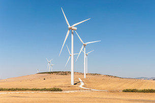 windmills for electric power productionの写真素材 [FYI00746115]