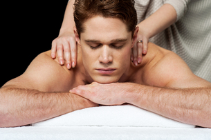 Massage gives me more relaxation.の写真素材 [FYI00746311]