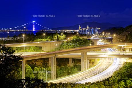 Highway traffic roadの写真素材 [FYI00746567]