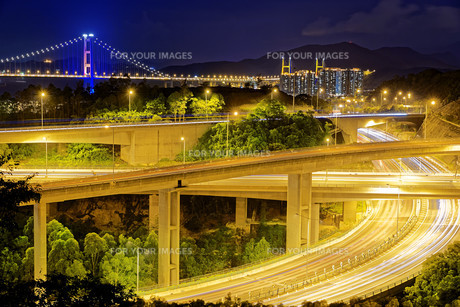 Highway traffic roadの写真素材 [FYI00746574]