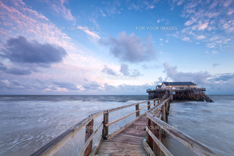 house by the seaの写真素材 [FYI00746698]