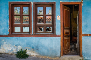 Blue Traditional Turkish Houseの写真素材 [FYI00748147]