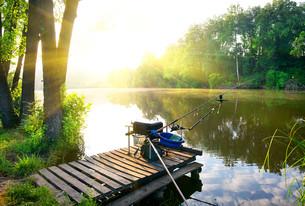 Fishing on riverの写真素材 [FYI00748478]