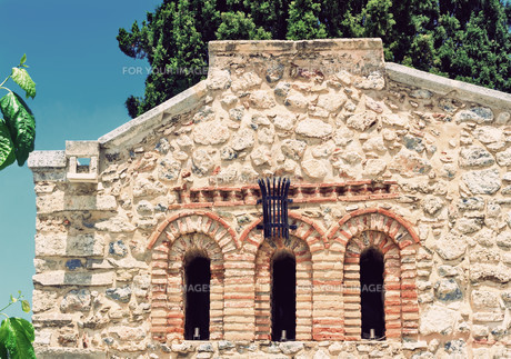 Fragment of the facade of the chapel , Crete, Greece.の素材 [FYI00748569]