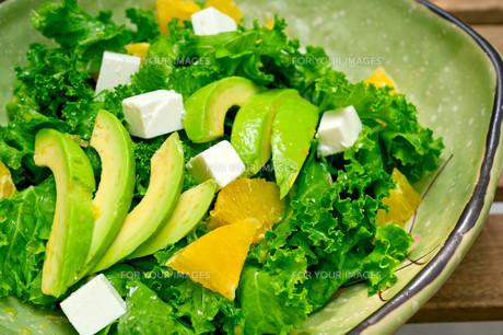 fresh avocado saladの素材 [FYI00748942]