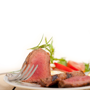 beef filet mignon grilled with vegetablesの写真素材 [FYI00748944]