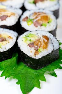fresh sushi choice combination assortment selectionの写真素材 [FYI00749395]