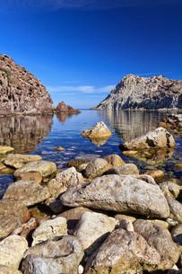 Calafico bay  - Sardiniaの写真素材 [FYI00749421]