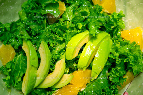 fresh avocado saladの素材 [FYI00749515]