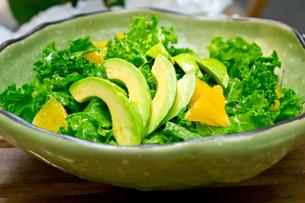 fresh avocado saladの素材 [FYI00749523]