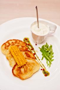 corn pancakesの写真素材 [FYI00749621]