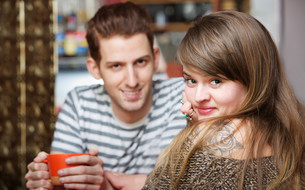 Handsome Man with Woman in Cafeの写真素材 [FYI00750223]