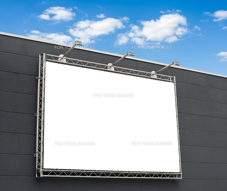 blank billboard with copy spaceの写真素材 [FYI00750623]