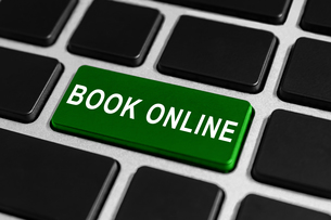 book online button on keyboardの素材 [FYI00751177]