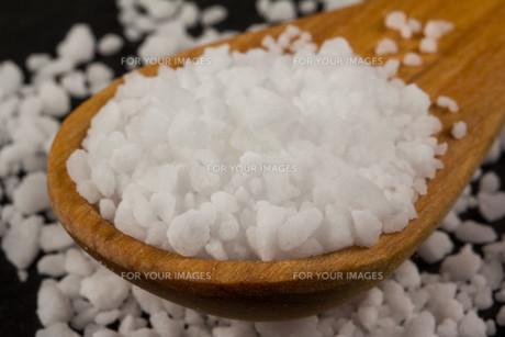 Sea Salt In Wooden Spoonの素材 [FYI00751520]