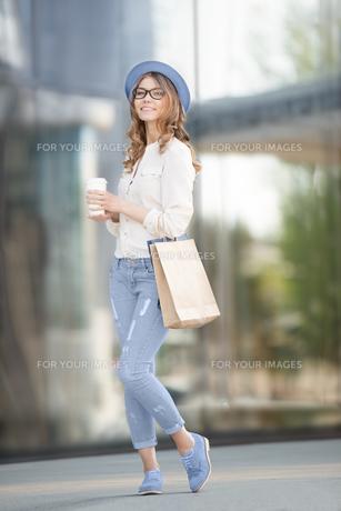 Shopping is great.の素材 [FYI00751903]