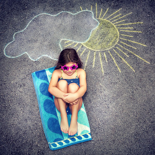 Happy child in summer campの写真素材 [FYI00752404]
