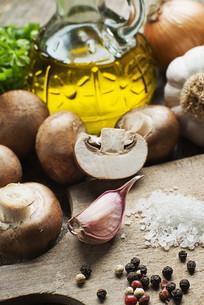 Mushrooms Champignonsの写真素材 [FYI00752431]