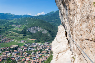 climbing adventure in the italian mountains near Garda Lakeの写真素材 [FYI00752542]
