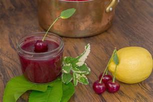 cherry jamの写真素材 [FYI00753006]